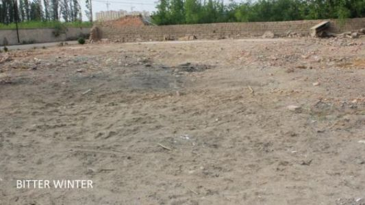 Site of leveled mosque located in the Xianfeng Group of Huangtian Farm, Yizhou District