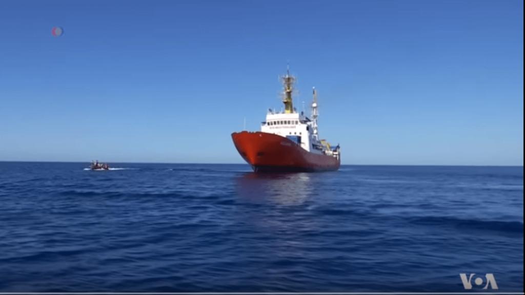 Spain Rescues More Than 900 Migrants in Mediterranean