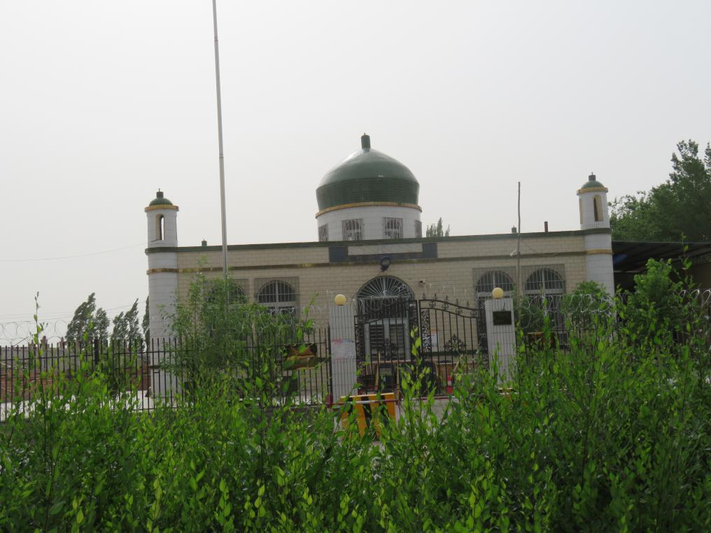 The-crescent-has-been-taken-down-from-the-top-of-this-mosque.