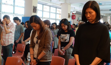 About 300 Catholics attend a bell-ringing prayer service on Sept. 1 at St. John the Baptist Church in Hong Kong to pray for an end to the violence that has dogged the territory in recent weeks. (ucanews.com photo)