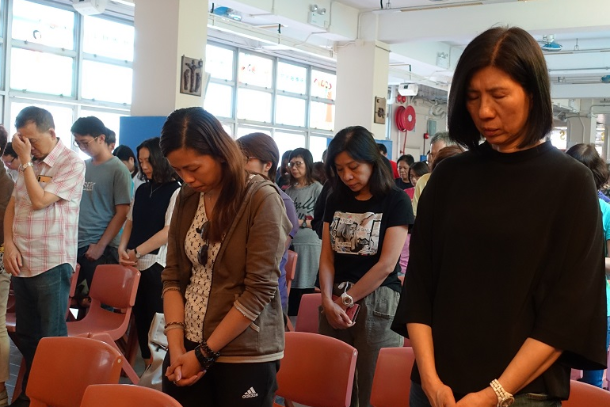 Churches in Hong Kong ring bells for peace