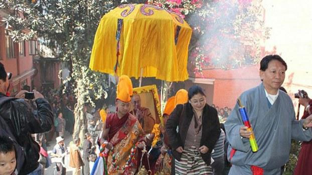 Tibetans living in Nepal honor the Dalai Lama, in file photo.