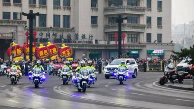 In preparation for the 70th anniversary, the police of Xi'an, the capital of Shaanxi Province, launched a three-month stability maintenance operation.