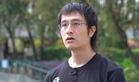 Hong Kong democracy activist Andy Li is being held by Guangdong police for attempting to flee to Taiwan.