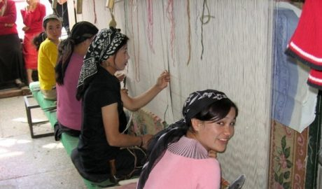 Uighur women