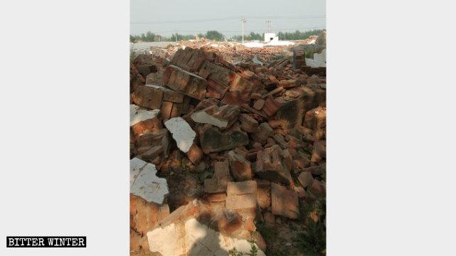 A Three-Self church in Heze was demolished on January 13.